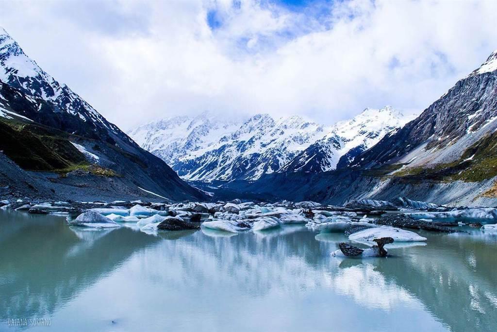專家指出,如果選對地點,允許民眾出國旅行不必隔離,台灣和紐西蘭這兩個國家就是很好的選擇。圖為紐西蘭南島的南阿爾卑斯山。(圖/Southern Alps Electrical Ltd)