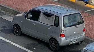 男子以車為家發出臭味 警方道德勸說車主離開