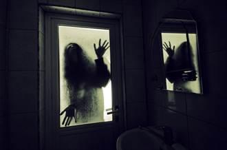 神秘修女窗邊死瞪 她嚇壞差點全裸衝出門 網友回應嚇死人