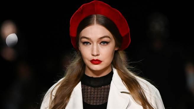 吉吉·哈蒂德(Gigi Hadid)產後2個月首次更新近況,超好狀態令粉絲們驚艷。(圖/達志影像)