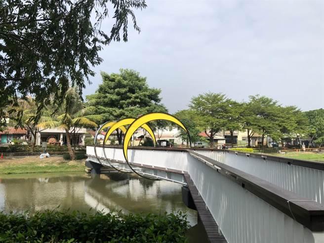 台南市文化局重塑月津港園區內8道橋梁的燈光風格,延續月津港燈節所奠定「最美水岸」的稱譽。(台南市文化局提供/曹婷婷台南傳真)