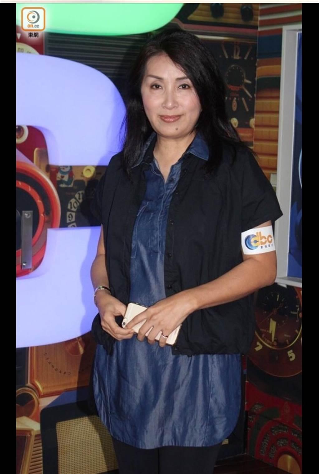 陳秀珠成單親媽媽。(圖/翻攝自東網)