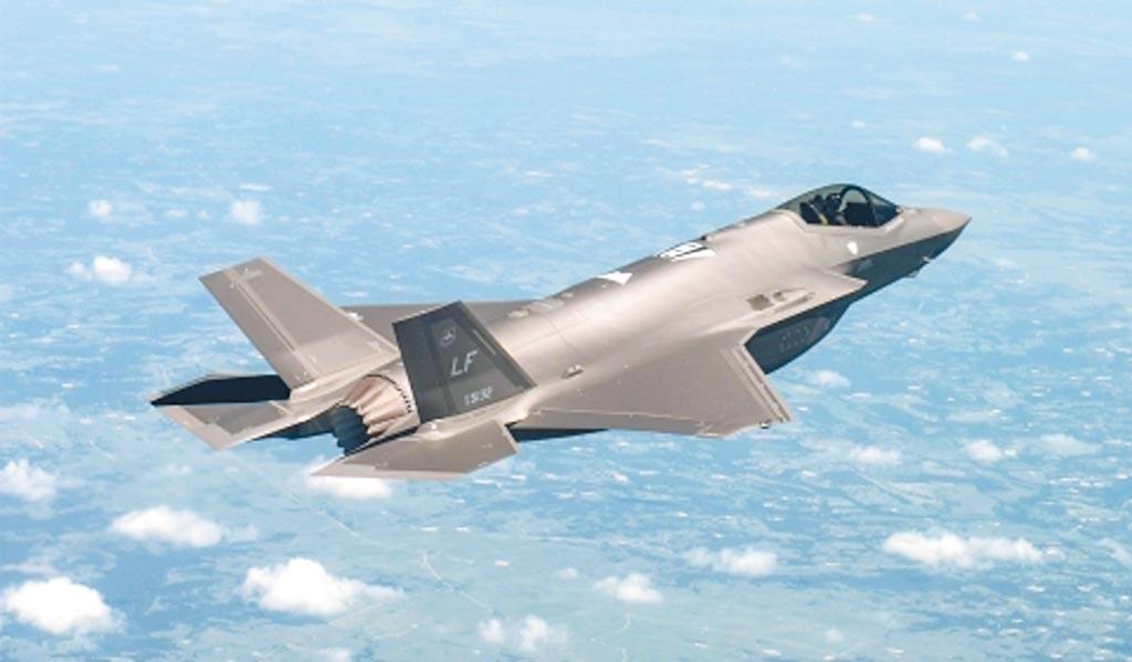 與殲-20同為第五代戰機的F-35A塗裝亦閃現金屬光澤。(取自洛克希德馬丁官網)