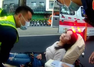 驚見妙齡女騎士病發險昏厥 暖警及時救援送醫
