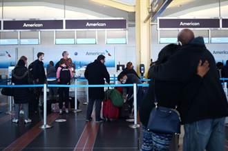 不顾40秒死1人 美国人疯感恩节 百万人挤爆机场