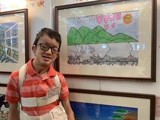 5個月大氣切、頭蓋骨3D列印 罕病童陳祐嘉畫出繽紛防疫列車
