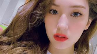 19歲混血女星公開高顏值親媽  驚人美貌撞臉日本女星