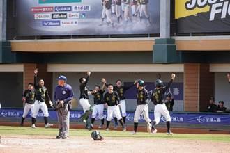 史上最佳績 成德高中棒球隊黑豹旗挺進4強