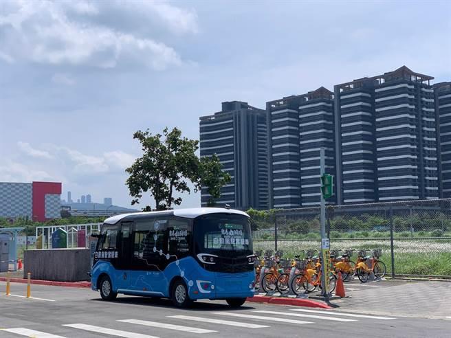 新北智駕巴士,明年擬擴大至5站。(新北市交通局提供/葉德正新北傳真)