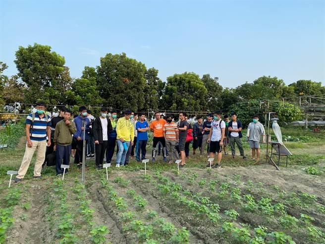 邱凱瑩說,未來希望能有機會與彰化境內的產銷班,或是農民合作,讓彰化農業可以在升級。(邱凱瑩提供/吳建輝彰化傳真)