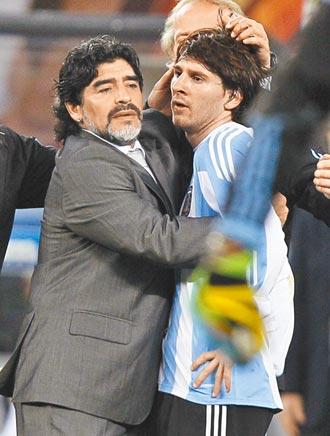 梅西C羅哀悼 比利相約 到天堂再一起踢球