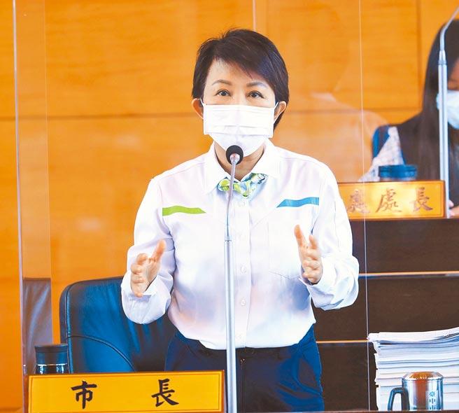 台中市長盧秀燕於市議會市政總質詢時說,NCC這樣的作為,其實是陷執政黨於不義。(陳世宗攝)