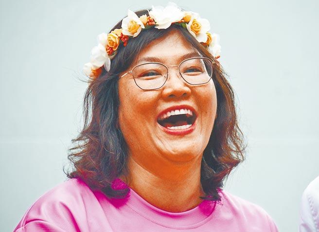 香港女兒許秋霞遠嫁台東後,投入身心障礙者服務多年。(莊哲權攝)