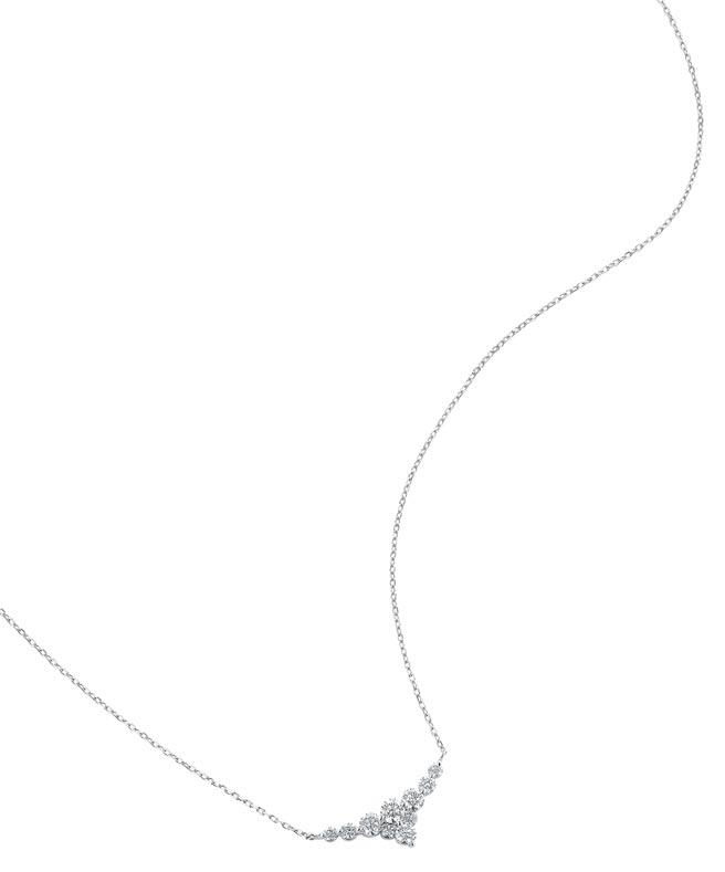 銀座白石海洋之星鑽石項鍊,10顆美鑽代表十全十美,也有慶祝10周年的意義,3萬3500元。(銀座白石提供)