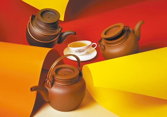 TWG Tea日前於台南精品快閃店限量推出宜興茶壺。(TWG Tea提供)