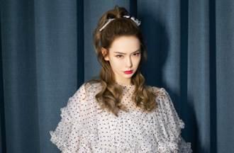 名列大陸10大美女 辣媽秀名媛穿搭 紫衛衣潮感滿分
