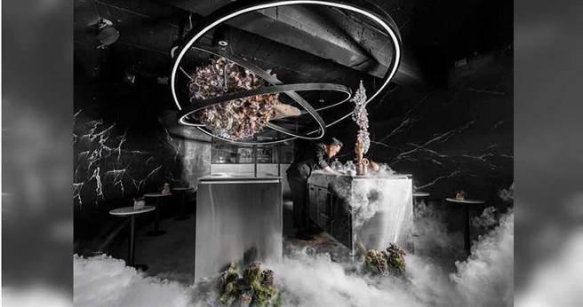 位在北市復興南路1段的Room By Le Kief今年榮登亞洲50大酒吧。(圖/翻攝自臉書)
