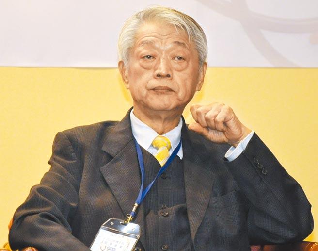 新世生技總裁郭興中參與台灣生技製藥產業高峰會擔任與談人。圖╱嚴強國