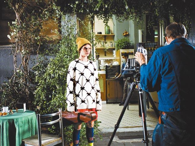 全系列《無盡序曲》充滿葛斯范桑獨特的鏡頭語言風格,電影迷與時尚迷不能錯過。(Gucci提供)