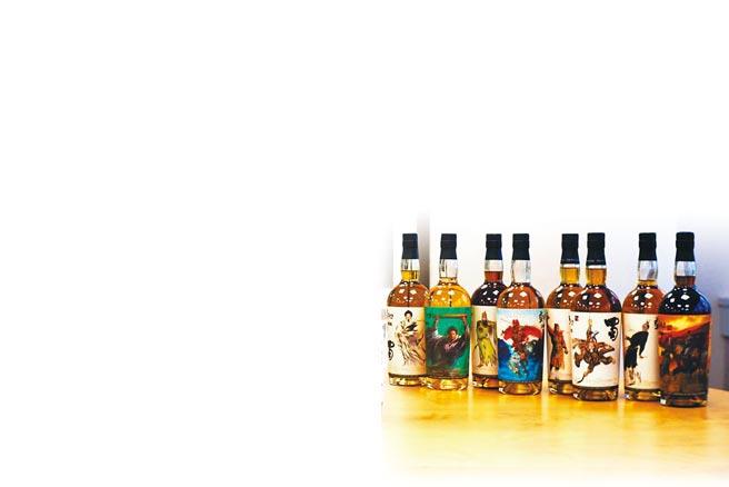 《鄭問三國誌》目前系列作品。(WHISKYFIND提供)飲酒過量 有礙健康