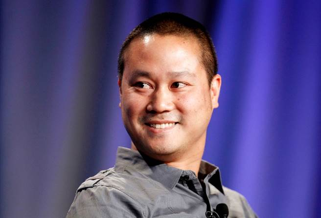 網路最大鞋商Zappos台裔創辦人謝家華(Tony Hsieh)27日辭世,他生前身價達8億美元,不過卻住在每個月只需要付950美元的拖車裡。(資料照/路透社)