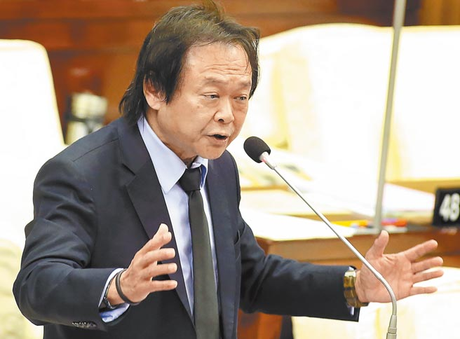 台北市議員王世堅批朱立倫在這次鳳梨事件不作為。(本報資料照片)