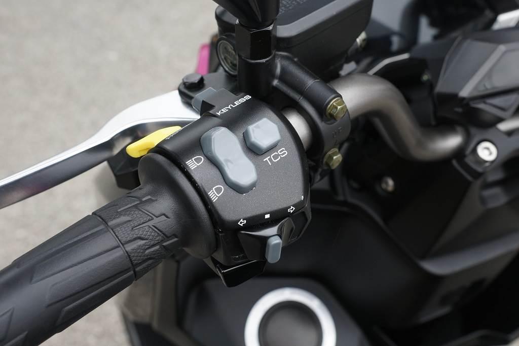 KRV未來上市時將提供兩款級距,差別在於高階多了TCS循跡控制系統與KEYLESS免鑰匙啟動系統,ABS則當然是標配。(圖/中時新聞網攝)