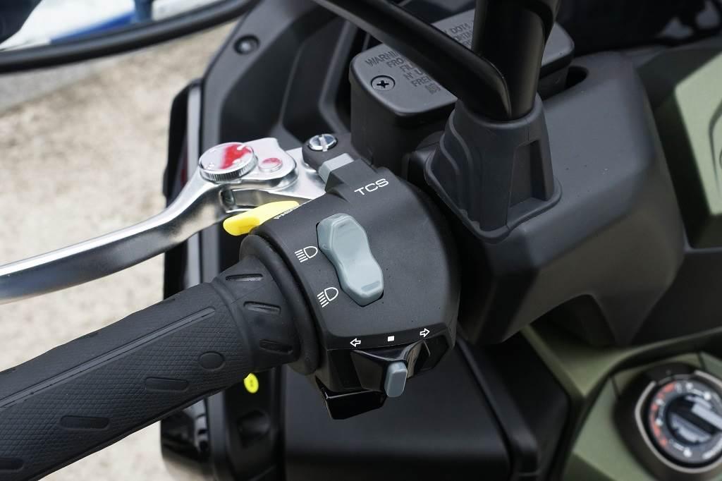 ABS煞車與TCS循跡控制系統、Keyless感應式鑰匙、LED彩色儀表等科技行頭進駐,提供DT X360車主在既有豐富機能下更多的便利與安全性。(圖/中時新聞網攝)
