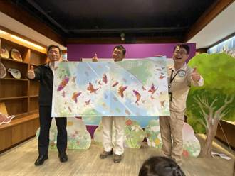 「國道讓蝶道」高工局發表「紫色飛行」繪本