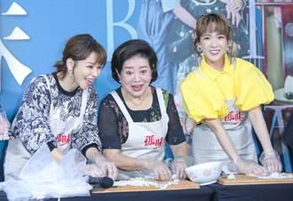 《孤味》票房衝破1.2億 陳淑芳陰雨天親送蝦捲寵粉