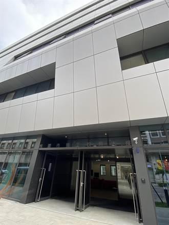 桃勞工教育大樓竣工 穿著外套的綠建築