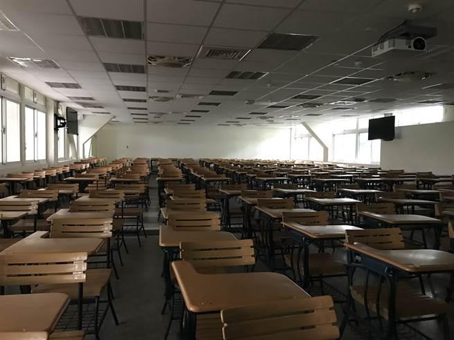 陸生求學台灣,半是蜜糖半是傷。圖為學校教室一景。(作者提供)