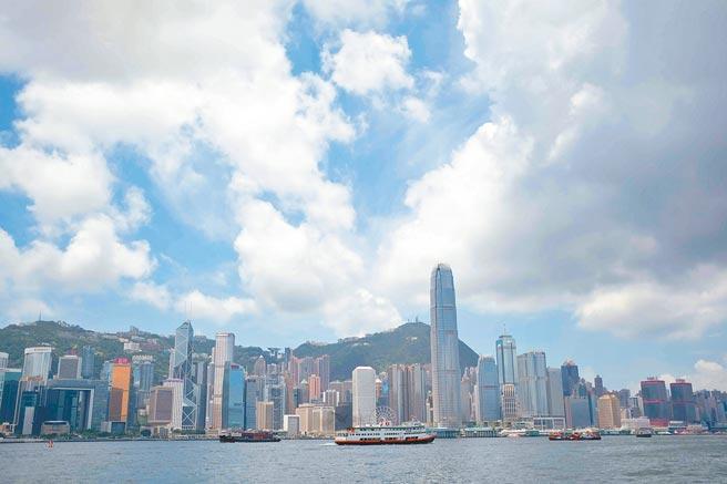 香港國際金融地位已漸漸弱化。圖為維港風光。(中新社資料照片)