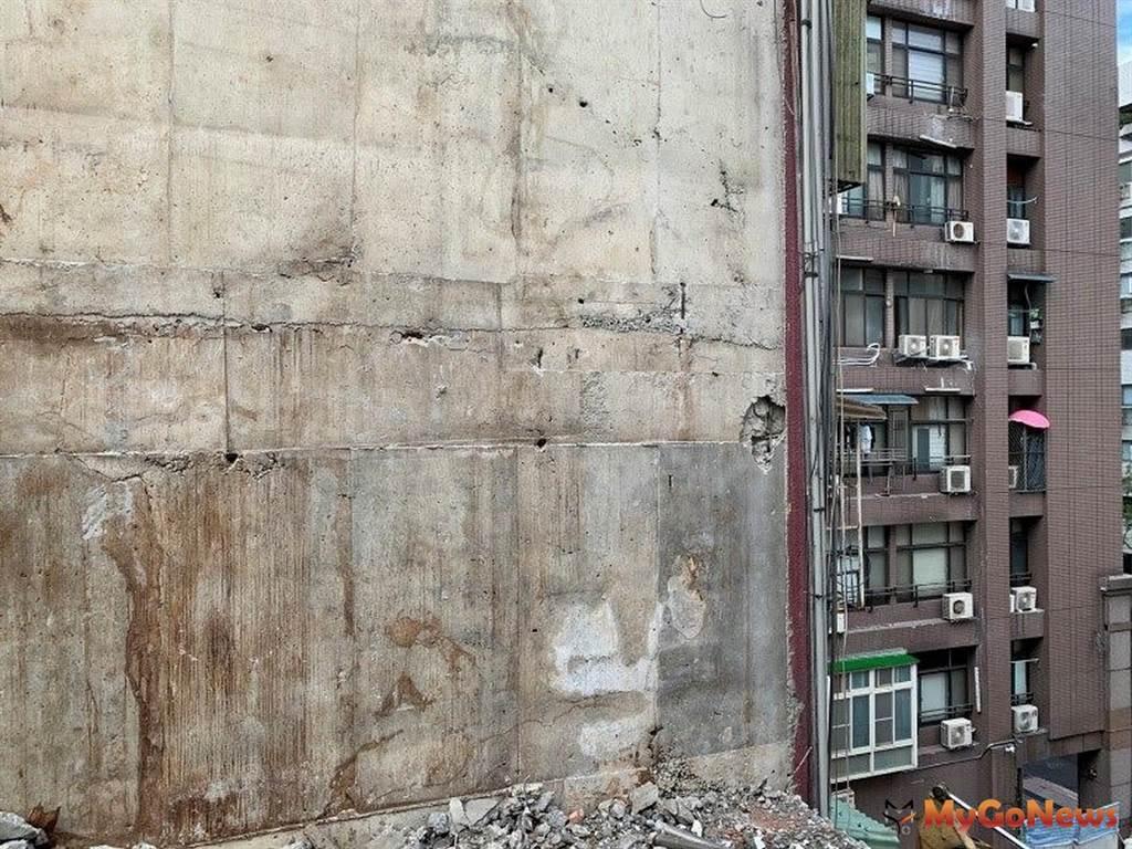 忠泰建設德惠街建築工程施工造成鄰房損害 建管處將積極協助受損戶確保權益(圖/台北市政府)