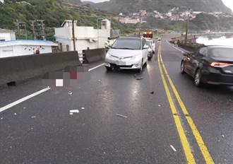 瑞芳台2線18歲騎士過彎打滑 衝撞聯結車又撞轎車不治