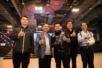 台灣美式重機推廣協會大會師 展覽重機配備 宣導騎乘安全