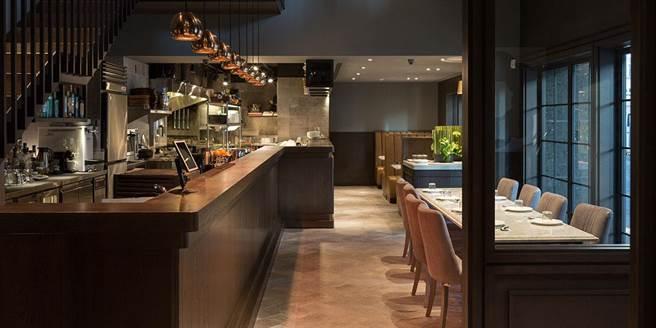 NOKE忠泰樂生活7F是自營的DOMANI義式餐廳、占地115坪,同時還有150坪空中花園供親子休憩。(忠泰集團提供)