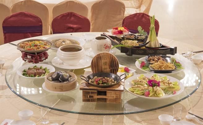 埔里鎮「祈安清醮」,台一推建醮素食套餐。(台一提供/廖志晃南投傳真)
