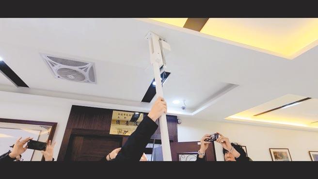 新北市某科技公司的徐姓總經理,因噪音問題與樓上鄰居不睦,竟自製「震樓神器」製造噪音、震動報復。(王揚傑攝)