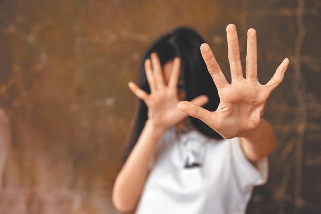 大陸男女失衡造成許多買婚、家暴與冥婚等女性生死掙扎社會問題。(視覺中國)