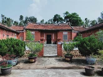 屋脊剪黏作工細緻、建築富含海客文化 桃園葉屋南陽堂爭列市定古蹟