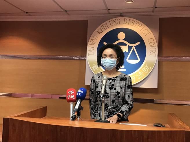 劉桂金說,PMMA毒性相當強,喝2-3包可能就會死亡。(陳彩玲攝)