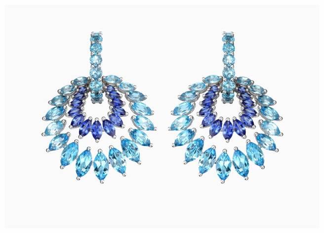 蕭邦拓帕石藍寶石耳環,公平採礦認證白金打造,176萬元。(CHOPARD提供)