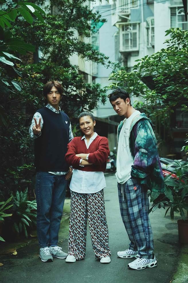 《我沒有談的那場戀愛》由傅孟柏(左起)、艾怡良、吳慷仁主演。(南人電影提供)