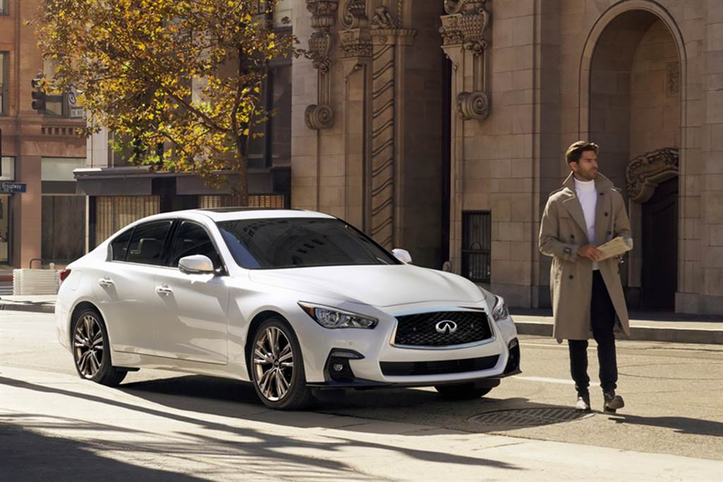 INFINITI針對旗下兩大熱銷車型,推出「Q50旗艦馭樂款」、「QX50風尚馭樂款」及「QX50旗艦馭樂款」。