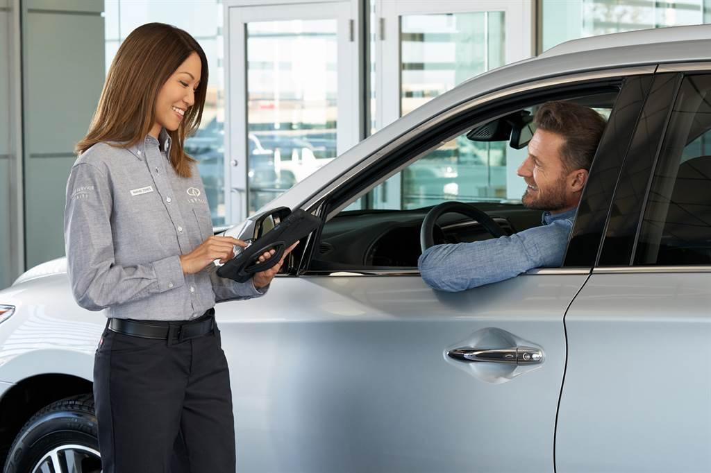 INFINITI重視每位車主愛車的心,為提供車主更多元的服務、更完善的呵護,推出安心延長保固服務加購方案。