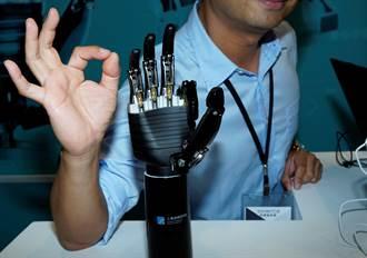 工研院研發「仿生機械手掌」能靈活抓握