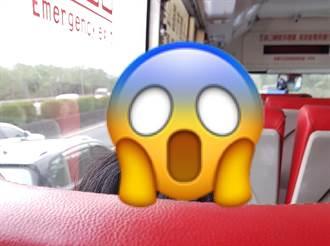 搭公車遇前方乘客「頭插滿針」 網驚:毛利小五郎是你?