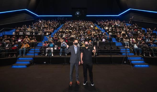 新光影城董事長吳昕昌攜手杜比實驗室促成全台首座杜比影院開幕。(業者提供/黃慧雯台北傳真)