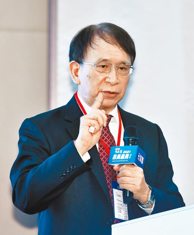 工商時報2日舉辦2021投資趨勢論壇,晟德集團董事長林榮錦出席。圖/顏謙隆